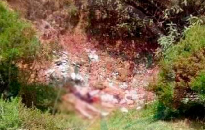 Tiran CADAVER de ADOLESCENTE DESNUDA en barranco de Atizapán-NicolasRomero Edomex. Noticias en tiempo real