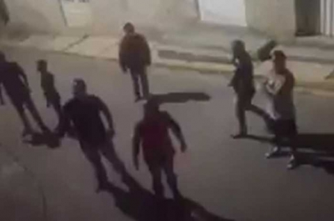 Video: #AlmoloyaDelRío: Amenazan y agreden a enfermero en su domicilio